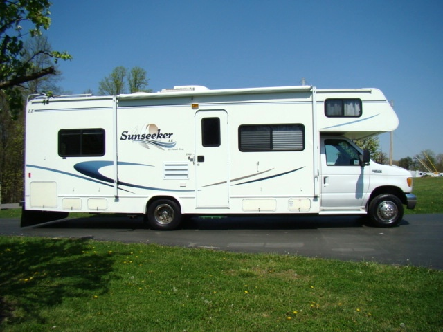 Used rv parts 2004 sunseeker 29ft class c motorhome by for Used class c motor homes