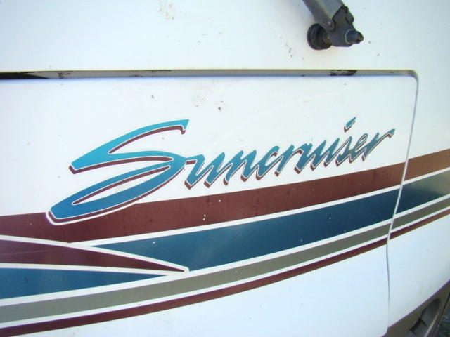 2000 ITASCA SUNCRUISER 32V MOTORHOME FOR SALE - DAMAGED / REPAIRABLE Used RV Parts