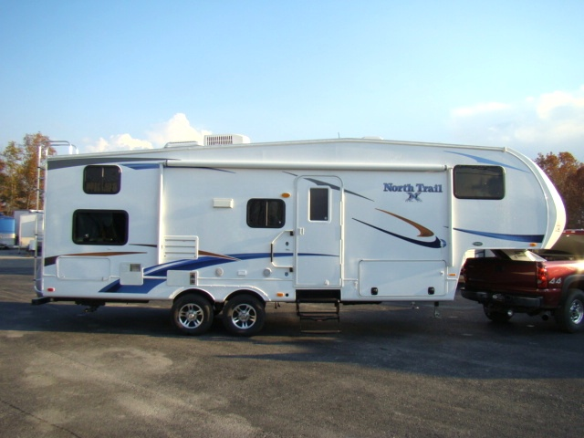 2011 North Trail 28BH Fifth Wheel by Heartland RV w/Rear Bunk Beds Used RV Parts