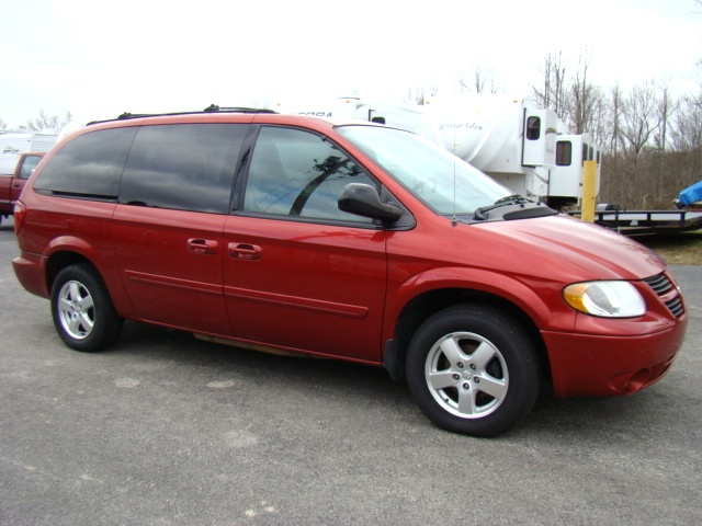used rv parts 2005 dodge grand caravan sxt for sale preowned and repairable autos used grand. Black Bedroom Furniture Sets. Home Design Ideas