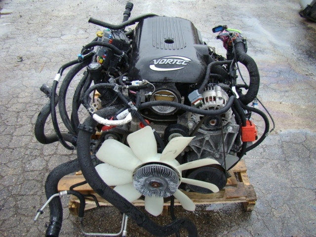 used rv parts chevrolet 5 3l vortec engine 2004 used for sale with transmission used auto parts. Black Bedroom Furniture Sets. Home Design Ideas