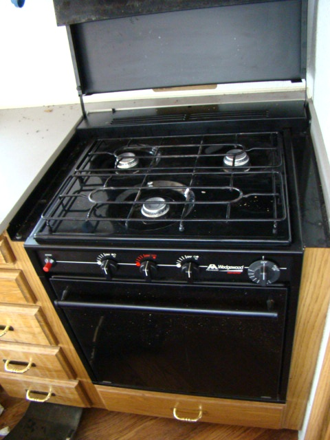 Rv Stove Oven >> Used Rv Parts Used Rv Atwood Wedgewood 3 Burner Stove Top And Oven