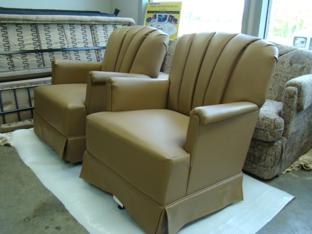 MOTORHOME / RV FURNITURE FOR SALE SWIVEL ROCKER CHAIR Used RV Parts