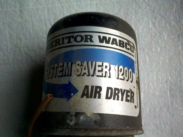 e2f6e5ff6f7 Used RV Parts Used Meritor Wabco Air Dryers for Freightliner Chassis ...