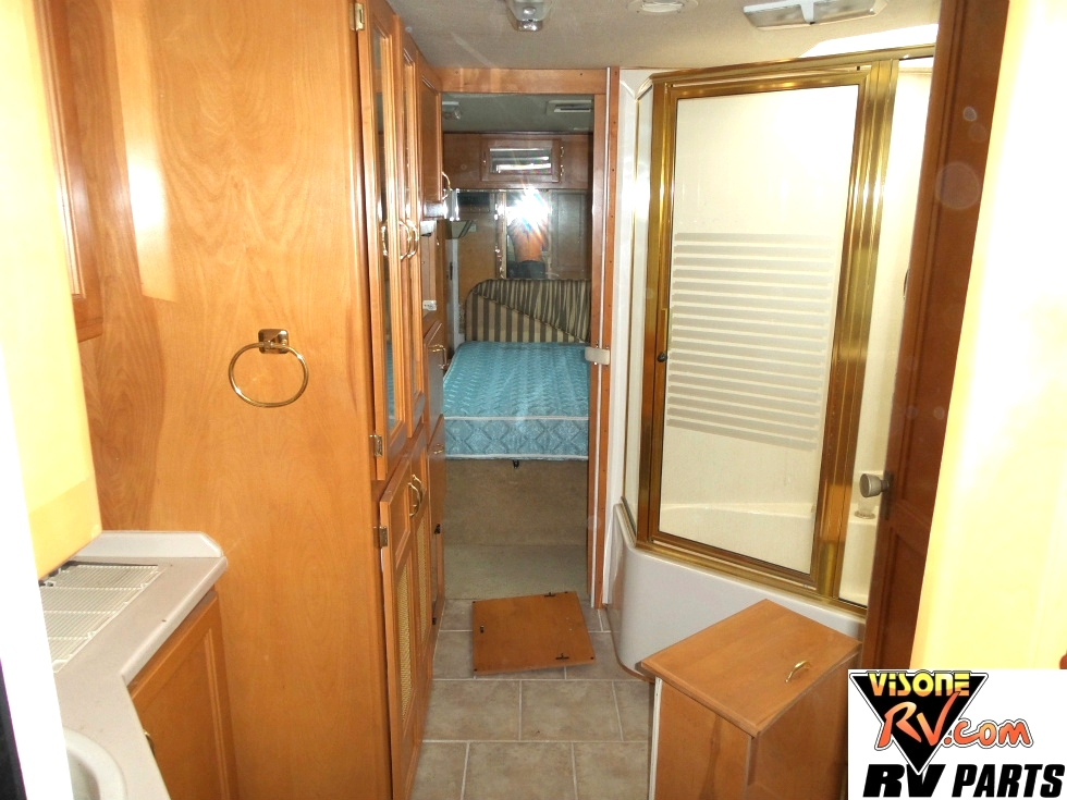 1999 BEAVER SAFARI ZANSIBAR USED RV PARTS FOR SALE Used RV Parts